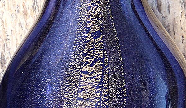 Vaso Gota 2 Azul com Ouro e Vaso Gota 3 Azul com Ouro.